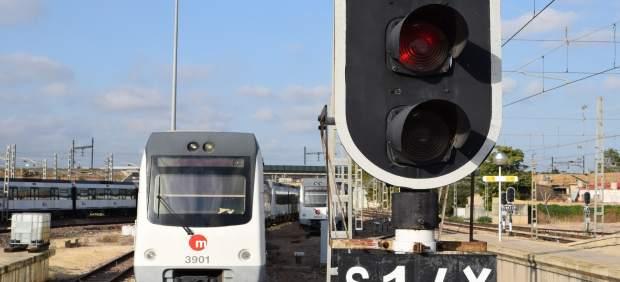 Trenes de Metrovalencia. Foto de archivo