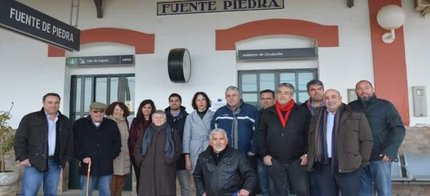 Colectivos Y Sindicatos Apoyan Pnl Para Tren Pare En Fuente De Piedra Y Otros Mu