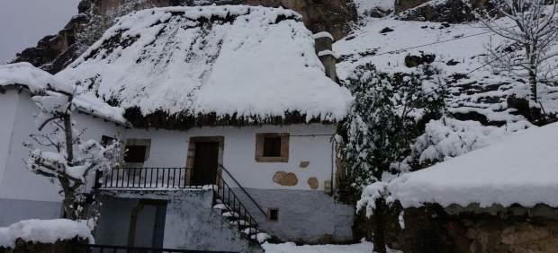Nieve, casas, nevadas, invierno, pueblo, Somiedo.