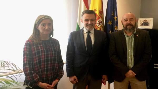 Escobar recibe al nuevo delegado de la AVT La Rioja