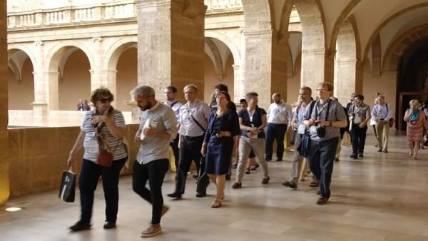 Visitantes a la Bibliteca Valenciana