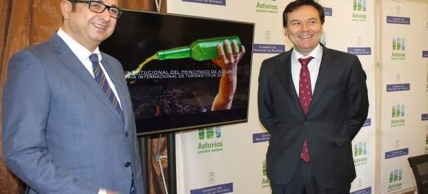 El consejero de Empleo, Francisco Blanco, presenta Asturias en Fitur 2017