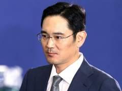 """La Fiscalía acusa de soborno al heredero de Samsung por el caso """"Rasputina"""""""