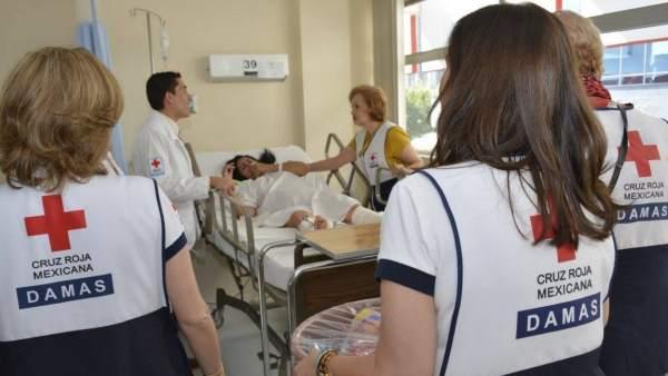 Personal femenino de Cruz Roja en México