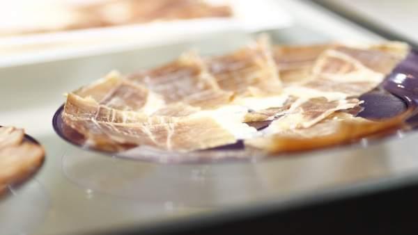 Salón Gourmet de Madrid, comida, plato de jamón serrano, pincho