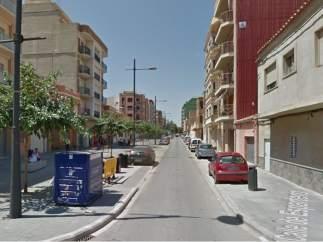Fallece una anciana en un incendio en su casa en Valencia al prenderse fuego una manta