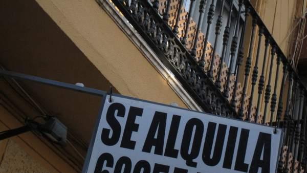 Carmena lanza un plan para bajar los precios del alquiler for Alquiler de viviendas en sevilla particulares