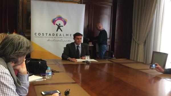 Javier Aureliano García ha presentado los actos de 'Costa de Almería' en Fitur.