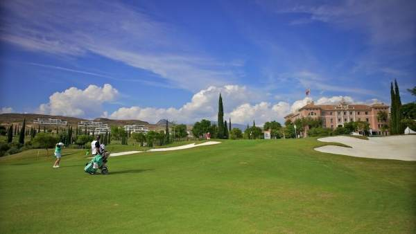 Villa Padierna golf deporte club resort Arranz Flamingos hotel turismo turista