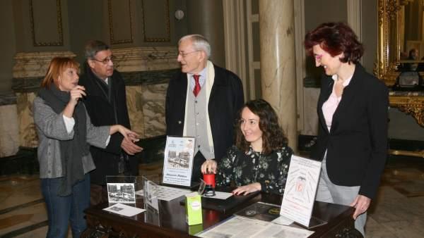 L'Ajuntament de València acull una exposició del 80 aniversari com a capital de la república