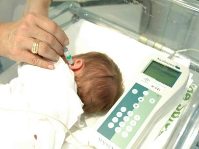 Pruebas auditivas a recién nacidos