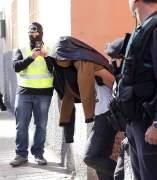 Momento de la detención del sospechoso de enaltecimiento yihadista