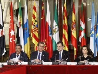 Rajoy preside la primera sesión de trabajo de la Conferencia de Presidentes