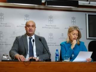 La presidenta de Foro, Cristina Coto y el diputado de la formación, Pedro Leal.