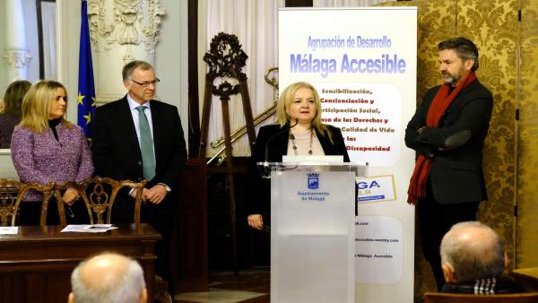 Francisca Bazalo Agrupacin de Desarrollo Málaga accesible