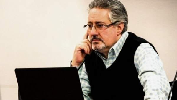 Humberto Gonzali, galardonado con el Premio Urogallo del Centro Asturiano.
