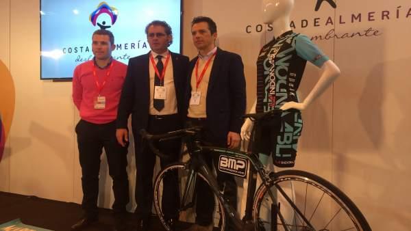 La prueba ciclista 'La Indomable' atrae a deportistas de todo el mundo.