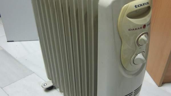 Un calefactor. Radiador. Estufa. Climatización