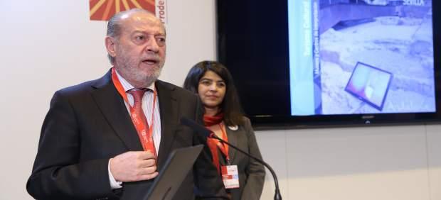 El presidente de Diputación de Sevilla, Fernando Rodríguez Villalobos, en Fitur