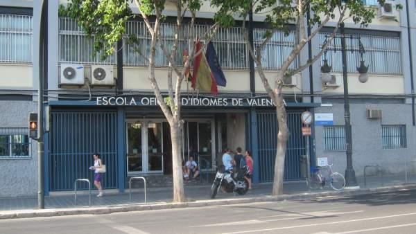L'esborrany de decret d'escoles d'idiomes obri la porta a una EOI virtual