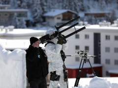 La Policía suiza, autorizada para derribar drones pirata en el Foro Económico Mundial de Davos