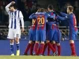 Celebración de los jugadores del Barça en Anoeta