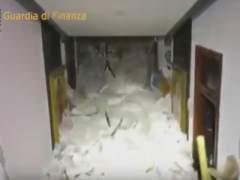 Localizan vivas a ocho personas dentro del hotel sepultado en Italia