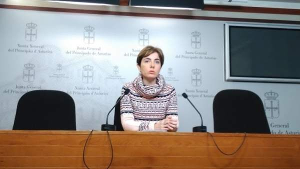 Emma Ramos en rueda de prensa.