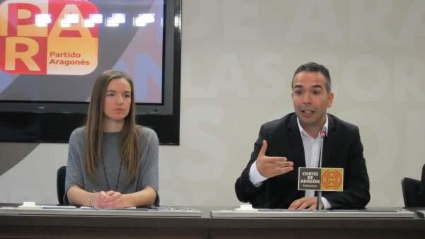 Los diputados del PAR, Lucía Guillén y Jesús Guerrero