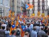 'Estelades' En La Concentración A Favor De Artur Mas Y La Independencia