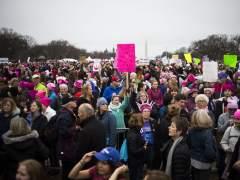 Miles de mujeres abarrotan Washington en la marcha contra Trump