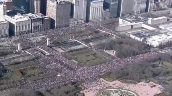 Masiva Marcha de las Mujeres contra Trump en Washington