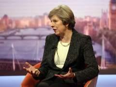 El Gobierno británico mantiene la idea de activar el 'brexit' en marzo