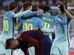 Plácida victoria del Barça en Eibar, empañada por la lesión de Busquets