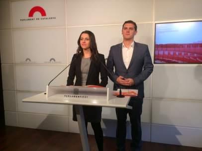 El líder de C's Albert Rivera y la líder  en Catalunya, Inés Arrimadas