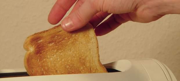 Del congelador a la tostadora: la campaña para que el pan no acabe en la basura