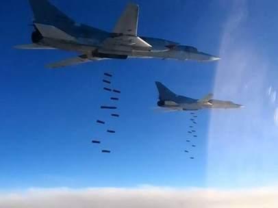 Aviones rusos bombardean objetivos de Estado Islámico en Siria