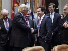 Trump promete reducir las regulaciones medioambientales para atraer industrias