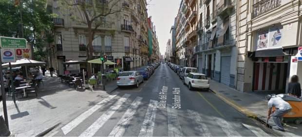 Obras en la calle Pintor Salvador Abril de Valencia