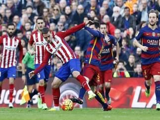 Messi y Griezmann pelean en el Barcelona - Atlético Madrid