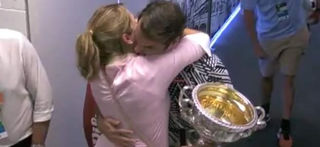 Federer y su mujer