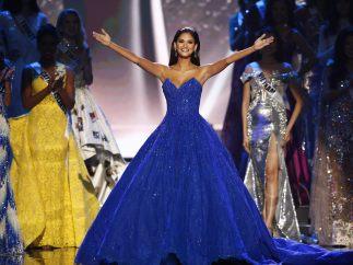 Saludo de Miss Universo 2015