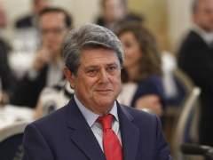 Trillo anuncia su dimisión como embajador