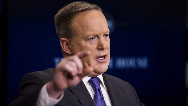 """Spicer, sobre Siria: """"Ni siquiera Hitler usó armas químicas"""""""