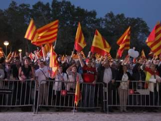 Acto de Societat Civil Catalana con motivo del 12 octubre para reivindicar que 'España suena bien'.