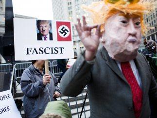 Trump como Hitler