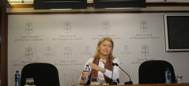 La portavoz de Foro Asturias, Cristina Coto, y presidenta de Foro