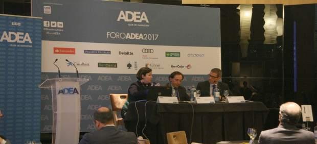 Isabel Giménez Zuriaga, Salvador Arenere y Daniel Pérez.