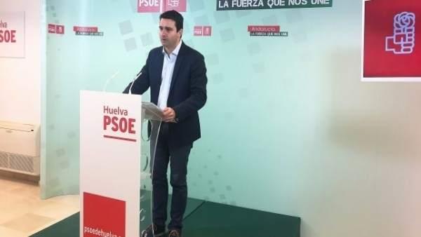 El senador del PSOE Amaro Huelva