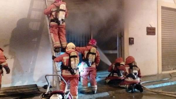 Imagen de archivo de un incendio en un edificio de Burjassot